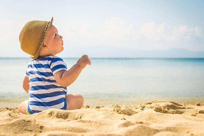 6 Ways to Keep Little Ones Safe in the Heat